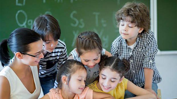 Scuola, Bussetti firma decreto per specializzazioni sostegno: 14.224 posti disponibili, prove di accesso il 28 e 29 marzo