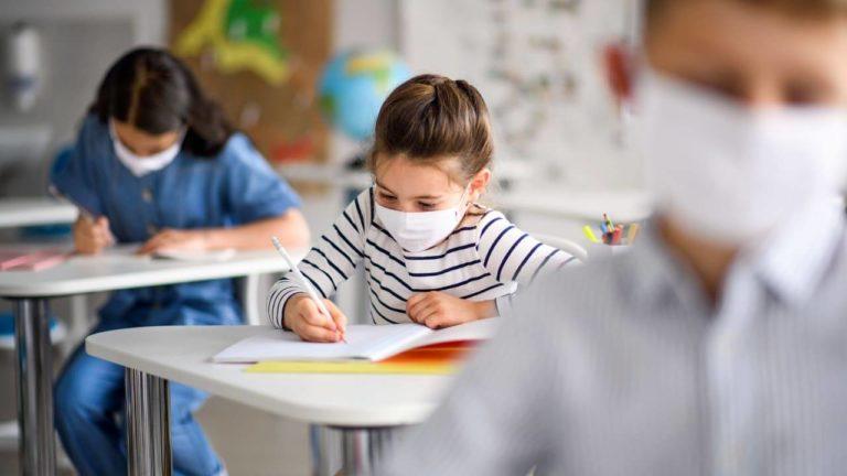 Scuola, tensione tra governo ed esperti